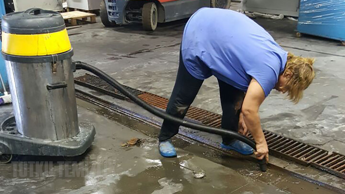 Endüstriyel Fabrika İşyeri Temizlik